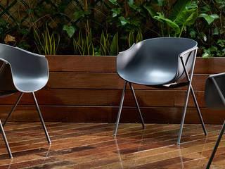 Silla de comedor en polipropileno Bai de Ondarreta de diseño Ander LIzaso en www.lacadira.com:  de estilo  de La cadira