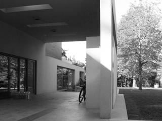 CASA en SAN DIEGO: Casas de estilo  por MZM | Maletti Zanel Maletti arquitectos