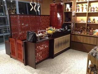 Casa das Iguarias – Aeroporto Internacional de Natal, RN Aeroportos rústicos por Oficina da Boa Arquitetura Rústico