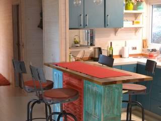Kitchen by Kanda arquitectos