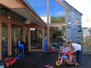 Boscastle Pre-school timber playground:  Schools by Innes Architects