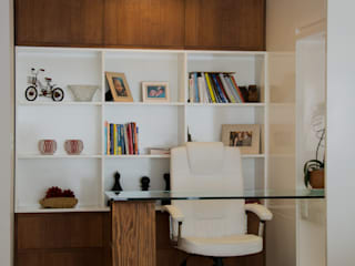 Apartamento Central Park I: Escritórios  por AZ Arquitetura,Moderno
