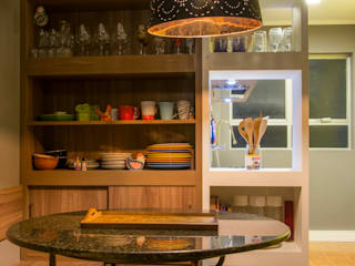 Retrofit Apartamento Bordini: Cozinhas  por AZ Arquitetura,Moderno