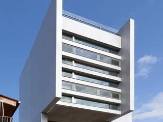 Häuser von  何侯設計   Ho + Hou Studio Architects , Minimalistisch