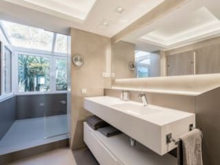 Bathroom by Sebastián Bayona Bayeltecnics Design, Modern