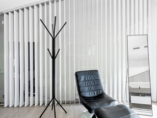 Modern style bedroom by Sebastián Bayona Bayeltecnics Design Modern
