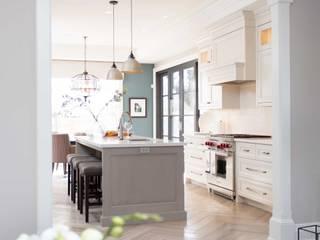 Kitchen by Frahm Interiors,