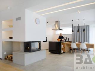 dom na Jurze: styl , w kategorii Jadalnia zaprojektowany przez BAK Architekci