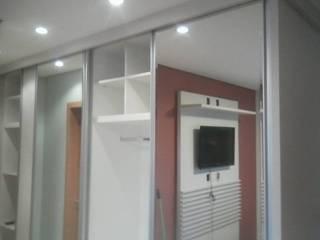 Marcenaria Pica-Pau ห้องนอนWardrobes & closets แผ่น MDF