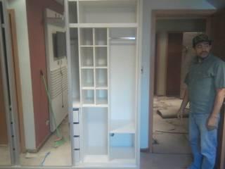Marcenaria Pica-Pau BedroomWardrobes & closets MDF