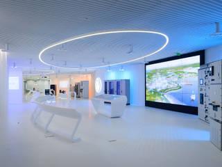 GE CUSTOMER EXPERIENCE CENTER: styl , w kategorii Biurowce zaprojektowany przez Zalewski Architecture Group