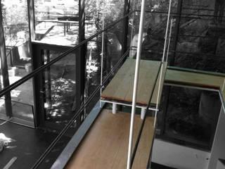 Loft In the Green Soggiorno moderno di ibedi laboratorio di architettura Moderno