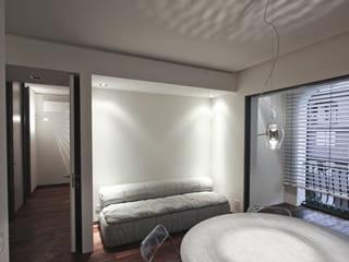 Tiny house at sea side Soggiorno minimalista di ibedi laboratorio di architettura Minimalista