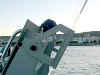 Nautica Yacht & Jet in stile industriale di ibedi laboratorio di architettura Industrial