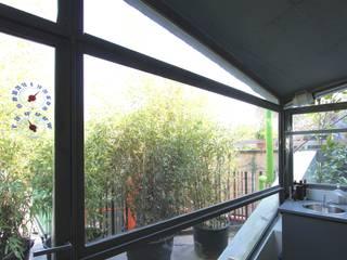 Tiny house refurbishment Cucina moderna di ibedi laboratorio di architettura Moderno