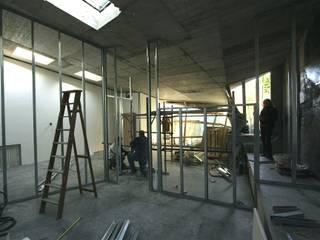 Tiny house refurbishment di ibedi laboratorio di architettura Moderno