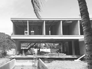 Casas de estilo  por Cecília Mesquita Arquitetura,