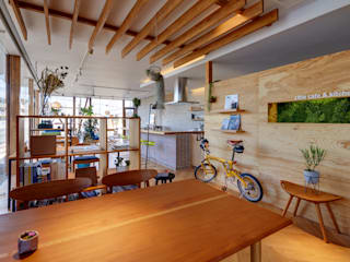 クリエ カフェ&キッチン(cRié cafe&kitchen) モダンな商業空間 の 青木建築設計事務所 モダン