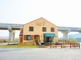 栗の家 北欧風商業空間 の 青木建築設計事務所 北欧