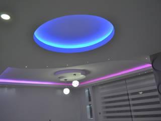 Fatma hanımın mütevazi evine coşku kattık Modern Oturma Odası Damla Yapı Teknik Modern