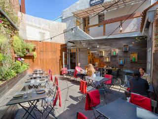 Restaurante - Cafetería Somewhere: Casas de estilo  de Dani Alonso fotografía