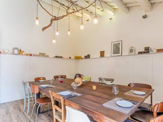 Restaurante - Cafetería Somewhere: Comedores de estilo  de Dani Alonso fotografía