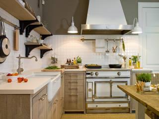 Nhà bếp phong cách mộc mạc bởi DEULONDER arquitectura domestica Mộc mạc Gỗ Wood effect