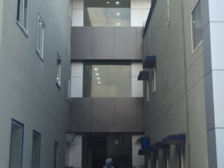 Commercial project:   by Modern Glazing Systems