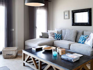 EK SUMMER HOUSE Esra Kazmirci Mimarlik Living room Grey