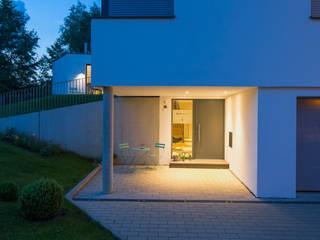 Puertas y ventanas modernas de Gaus Architekten Moderno