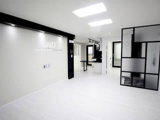 Гостиная в стиле минимализм от Design Studio Grid+A Минимализм