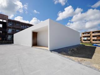 Casas de estilo  por 門一級建築士事務所,