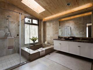 法蘭朵:  浴室 by 大觀室內設計工程有限公司