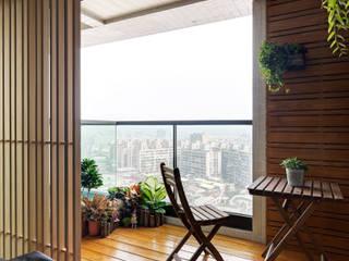 Balcon, Veranda & Terrasse classiques par 星葉室內裝修有限公司 Classique