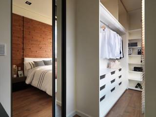 Closets de estilo clásico por 星葉室內裝修有限公司
