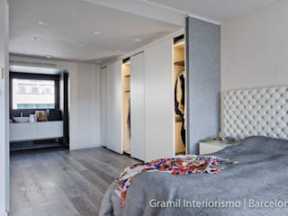Minimalist bedroom by Gramil Interiorismo II - Decoradores y diseñadores de interiores Minimalist