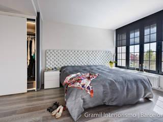 Gramil Interiorismo II - Decoradores y diseñadores de interiores Dormitorios de estilo minimalista