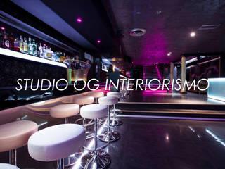 Bares y clubs de estilo moderno de STUDIO OG INTERIORISMO Moderno