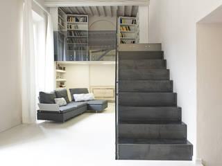 Luca Doveri Architetto - Studio di Architettura Minimalist corridor, hallway & stairs