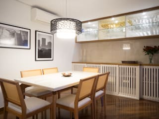 Comedores de estilo moderno de Lorenza Franceschi Arquitetura e Design de Interiores Moderno
