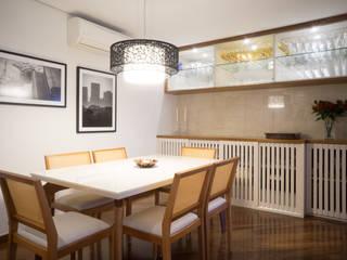من Lorenza Franceschi Arquitetura e Design de Interiores حداثي