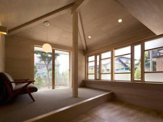 Ruang Keluarga by 平山教博空間設計事務所
