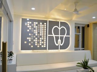 Roots Dental Clinic:   by prarthit shah architects