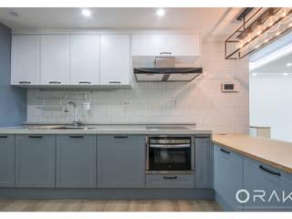 Modern kitchen by 오락디자인 Modern