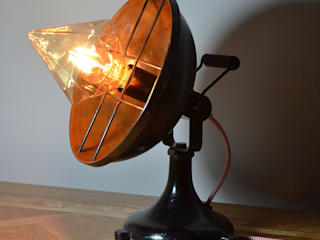 'Stargazer' Table lamp Livings de estilo industrial de it's a light Industrial