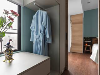 Dressing room by 賀澤室內設計 HOZO_interior_design, Eclectic