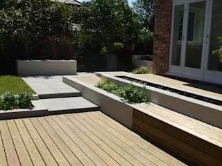 Stylish Contempoary in Didsbury: modern Garden by Charlesworth Design