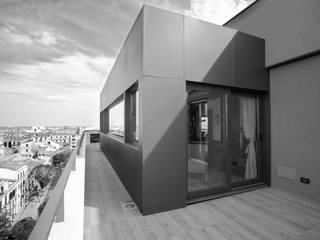 A H: Case in stile in stile Moderno di MM A | Massimiliano Masellis Architetti