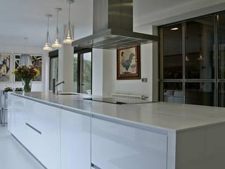 Modern Kitchen by Muebles de Cocina Aries Modern