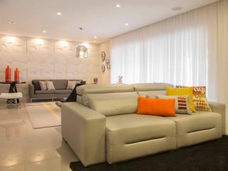 Livings de estilo ecléctico de Espaço Alessandra Luz Casa & Jardim Ecléctico